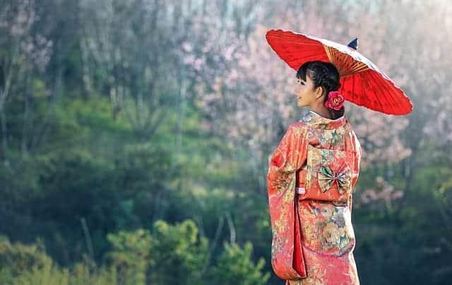 סיפור האשה הסינית ושני הנזירים